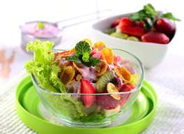Resep Salad Buah Saus Strawberry